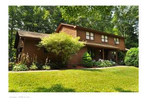 8 Hilltop Rd, Tolland, CT 06084