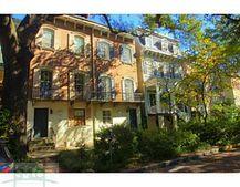 214 W Jones St, Savannah, GA 31401