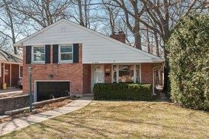 620 Arbor Ln, Glenview, IL 60025