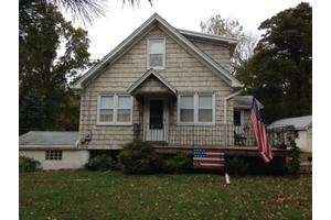 1 Pirozzi Ln, Hillsborough Twp., NJ 08844
