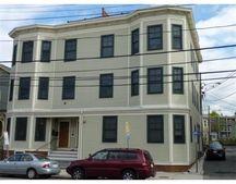 386 Washington St Apt 2B, Somerville, MA 02143