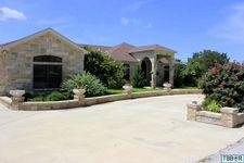 109 Wood Creek Dr, Gatesville, TX 76528