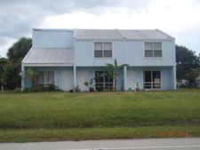 910 Shorewinds Dr Apt A, Fort Pierce, FL 34949