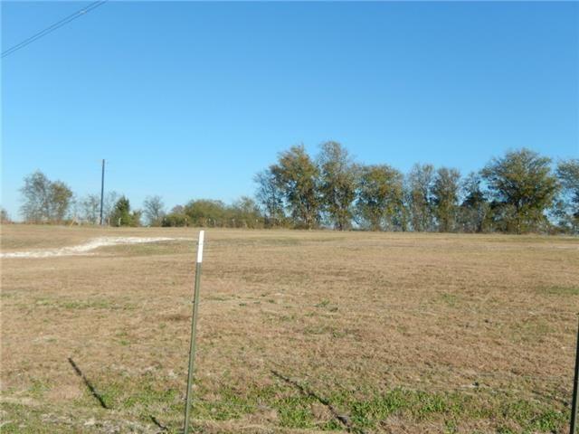1631 Ballard Rd Van Alstyne, TX 75495