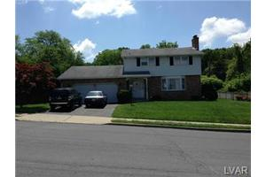 702 Walnut St, Allentown City, PA 18109