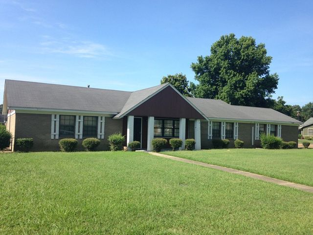 1100 north st cleveland ms 38732 home for sale and for North ms home builders