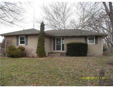 2471 Moore Pl, Howell, MI