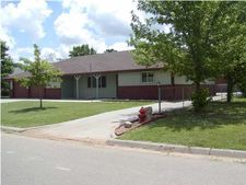 109 E 8Th St, Haven, KS 67543