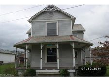 8046 Sr 516, Dundee, OH 44624