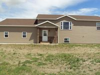 6315 Edgerly Ln, Lincoln, ND 58504