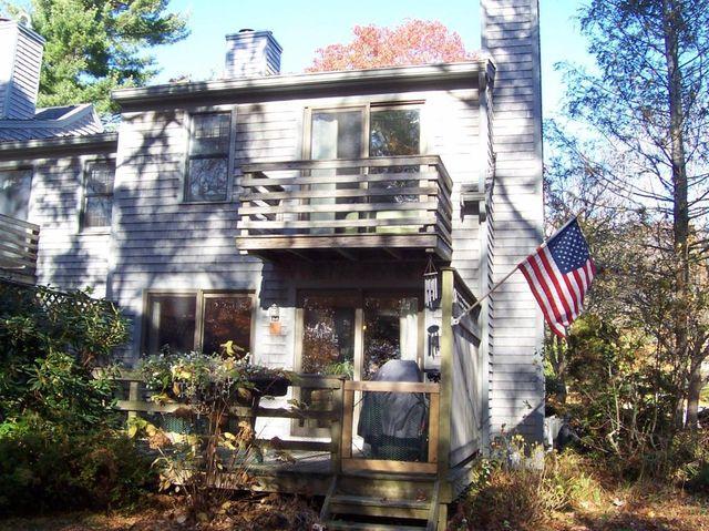 35 Santuit Pond Way Unit 7 A, Mashpee, MA 02649 - realtor.com®
