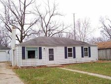 2709 Woodmont Dr, South Bend, IN 46614