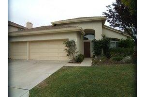 18340 Fieldcrest Ln, Salinas, CA 93908