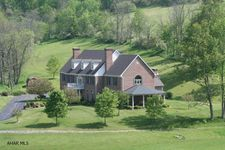 1104 Bedford Valley Rd, Bedford, PA 15522