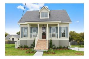 1427 Pressburg St, New Orleans, LA 70122