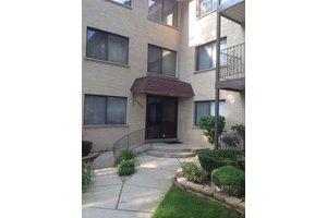 7650 W Lawrence Ave Unit 310, Norridge, IL 60706