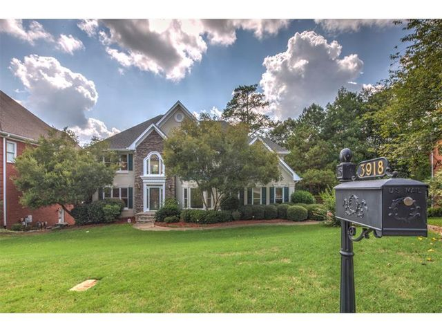 Homes For Sale In Castlemaine Subdivision Duluth Ga