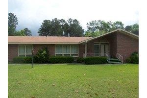 492 Woodlawn Dr, Orangeburg, SC 29115
