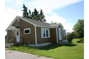 698 County Rd, Lubec, ME 04652