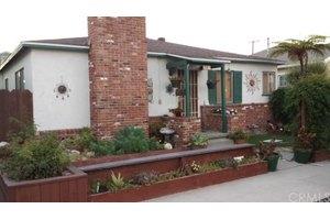 261 Campo Dr, Long Beach, CA 90803