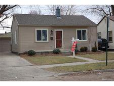632 E Harwood Ave, Madison Heights, MI 48071