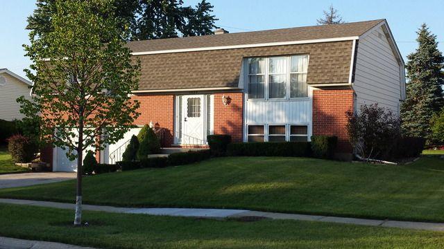 1334 Aldrin Trl Elk Grove Village, IL 60007