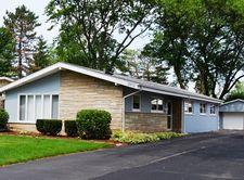 2612 Fontana Dr, Glenview, IL 60025