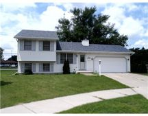 165 S Clearview Pl, South Bend, IN 46619