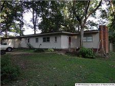 4924 Coro Rd, Memphis, TN 38109