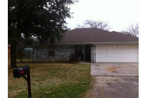 734 E Jacob St, Pilot Point, TX 76258