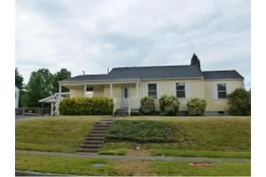 1533 Greenfield Ave, Kingsport, TN 37664