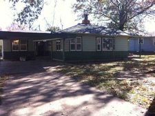 523 Virginia Ave, Ponca City, OK 74601