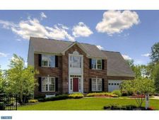100 Clarinbridge Way W, Center Valley, PA 18034