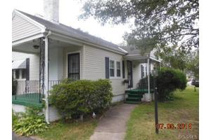 317 Highland Ave, Colonial Heights, VA 23834