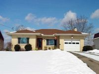 4019 Palisades Dr, Weirton, WV 26062