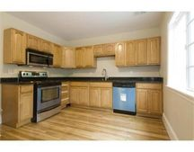 287 Cottage St, Franklin, MA 02038