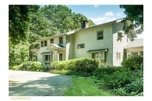 32 Crockett Neck Rd, Kittery, ME 03905