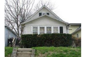 1620 Topping Ave, Kansas City, MO 64126