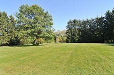1270 Benson Ln, Green Oaks, IL 60048