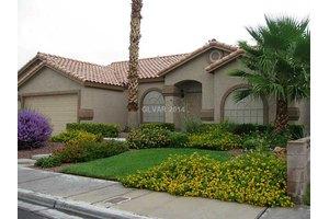 7410 Falcon Rock Dr, Las Vegas, NV 89123