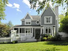 45 Harding Rd, Old Greenwich, CT 06870