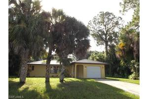 618 Robert Ave, Lehigh Acres, FL 33936