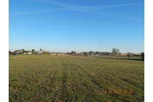 9326 W Valley Farm Dr, Frankfort, IL 60423