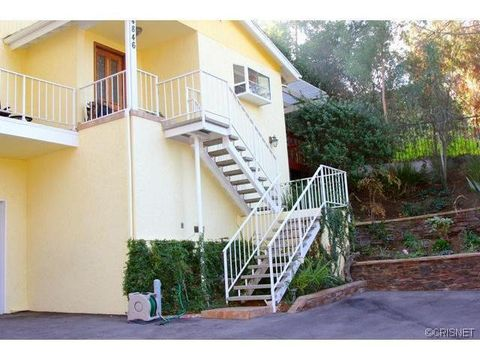 4846 Don Pio Dr, Woodland Hills, CA 91364
