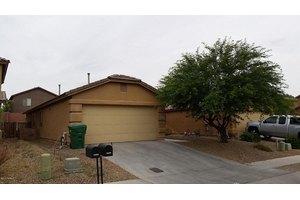 18450 S Bellflower Pl, Green Valley, AZ 85614