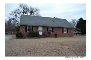 5202 Rodwell Rd, Fayetteville, NC 28311
