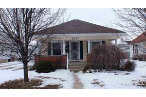 1327 I Ave, New Castle, IN 47362