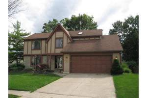 7975 Oakwind Ct, Westerville, OH 43081