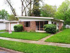 425 Tomahawk St, Park Forest, IL 60466