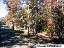 3 County Road 935, Mentone, AL 35984